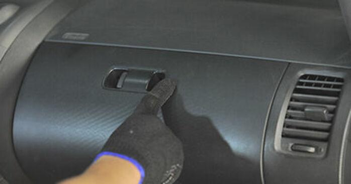 Προτάσεις βήμα προς βήμα για την KANTO ΜΟΝΟΣ ΣΟY αντικατάσταση Honda Jazz gd 2006 1.4 Φίλτρο αέρα εσωτερικού χώρου