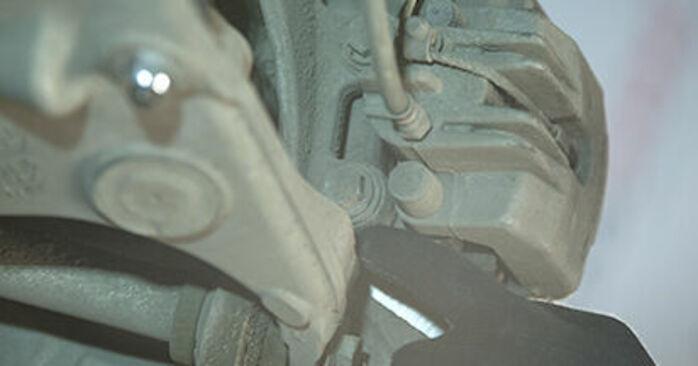 Byta BMW E60 525d 2.5 2003 Hjullager: gratis verkstadsmanualer