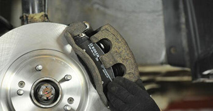 Wymień samodzielnie Klocki Hamulcowe w Hyundai Santa Fe cm 2007 2.2 CRDi 4x4