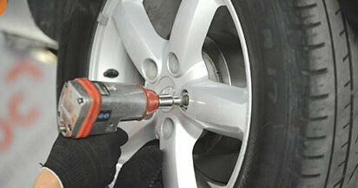 Hur byta Hjullager på Hyundai Santa Fe cm 2005 – gratis PDF- och videomanualer