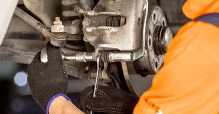 Bremssattel Mercedes W201 D 2.0 (201.122) 1984 wechseln: Kostenlose Reparaturhandbücher