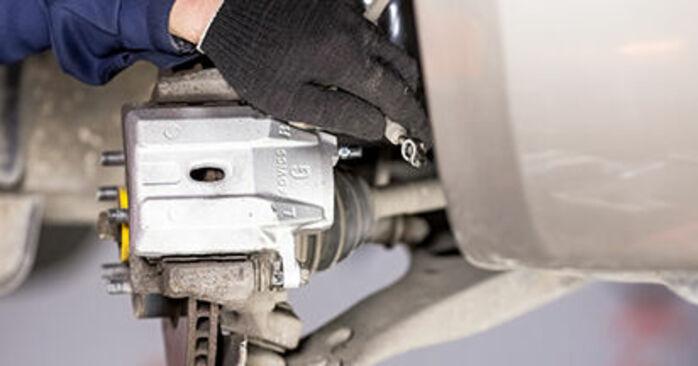 PRIUS Hatchback (NHW20_) 1.5 (NHW2_) 2007 Brake Calipers DIY replacement workshop manual