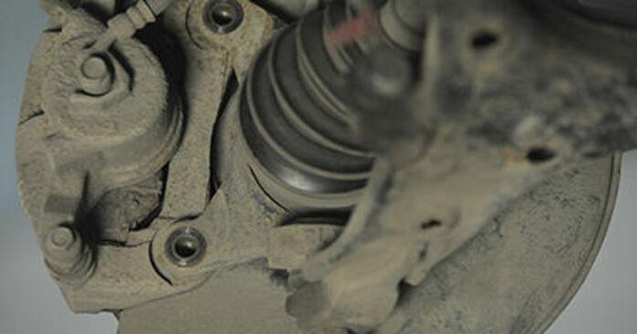 Honda CR-V II 2.2 CTDi (RD9) 2003 Brzdový kotouč výmena: bezplatné návody z našej dielne