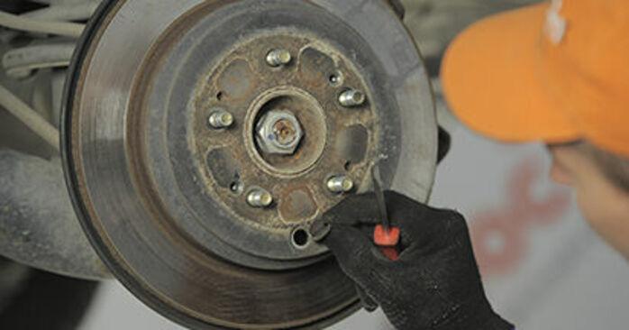 HONDA CR-V 2002 Bremsscheiben Schritt-für-Schritt-Tutorial zum Teilewechsel