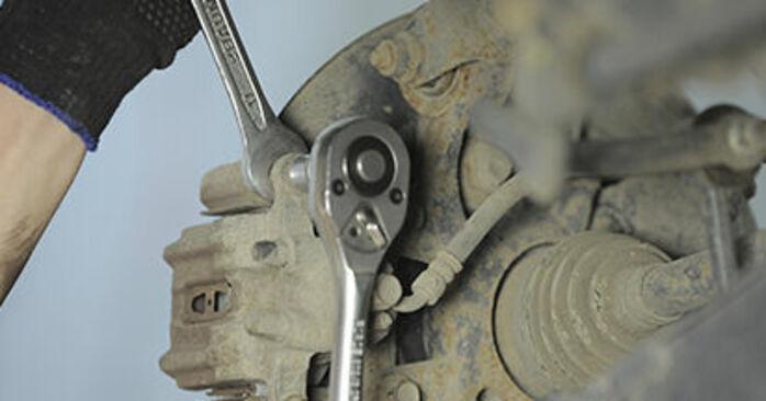 HONDA CR-V II (RD_) 2001 Bremsbeläge - Anleitung zum selber Austauschen