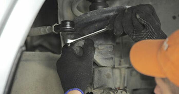 Combien de temps dure le remplacement : Rotule De Direction sur Honda CR-V II 2003 - manuel PDF informatif