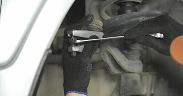 Honda CR-V II 2.2 CTDi (RD9) 2003 Rotule De Direction remplacement : manuels d'atelier gratuits