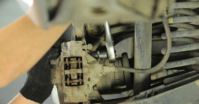 E-Klasse Limousine (W210) E 320 CDI 3.2 (210.026) 1997 E 220 CDI 2.2 (210.006) Bremsscheiben - Handbuch zum Wechsel und der Reparatur eigenständig