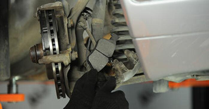 E-Klasse Limousine (W210) E 320 CDI 3.2 (210.026) 1997 E 220 CDI 2.2 (210.006) Bremssattel - Handbuch zum Wechsel und der Reparatur eigenständig