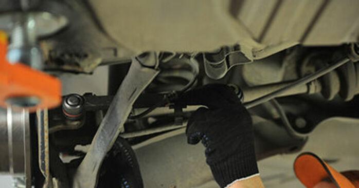 E-Class Saloon (W210) E 320 CDI 3.2 (210.026) 1997 Control Arm DIY replacement workshop manual