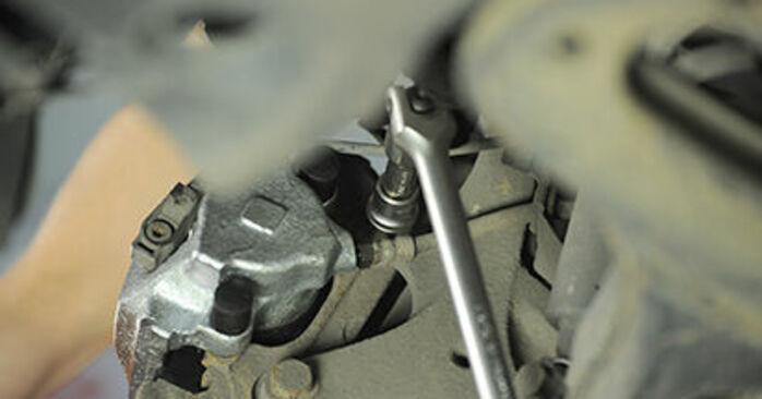 Tauschen Sie Radlager beim MERCEDES-BENZ E-Klasse Limousine (W210) E 290 2.9 Turbo Diesel (210.017) 1998 selbst aus