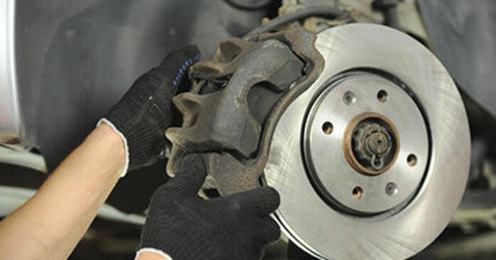 PEUGEOT 406 2.0 16V Bremsscheiben ausbauen: Anweisungen und Video-Tutorials online