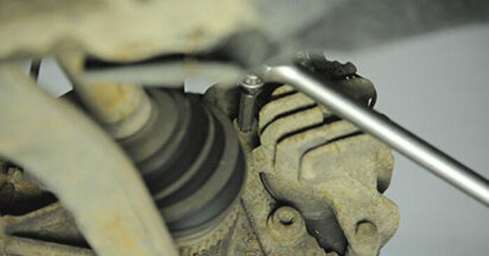 Peugeot 406 Estate 2.0 16V 1998 Brake Discs replacement: free workshop manuals