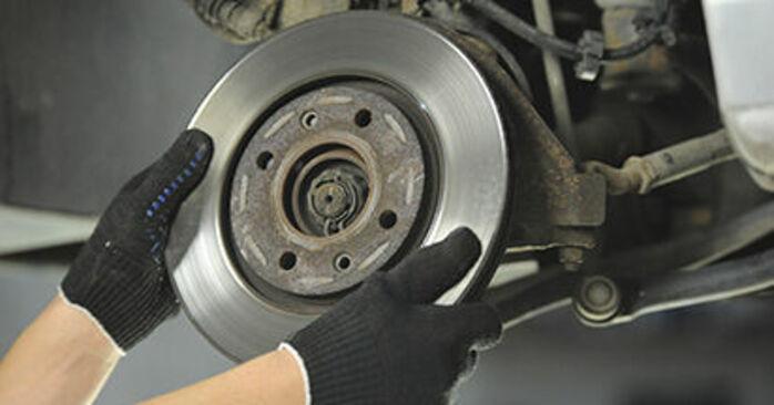 À quel point est-il difficile de le faire soi-même : télécharger le guide illustré pour le changement de Disques De Frein sur Peugeot 406 Break 2.0 HDi 110 2002