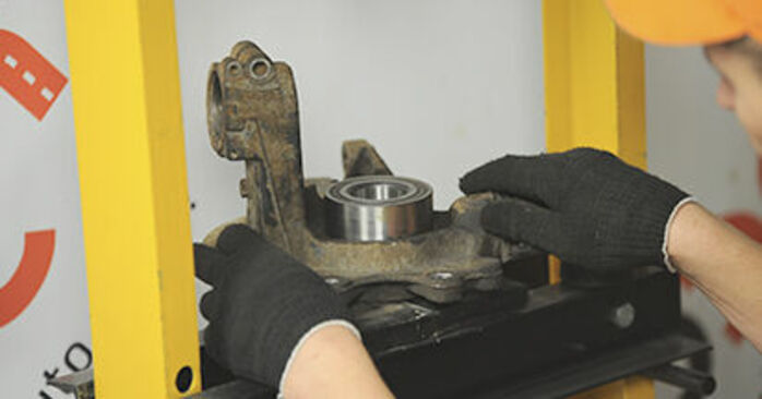 Remplacer Roulement De Roues sur Peugeot 406 Break 1997 2.0 HDI 110 par vous-même