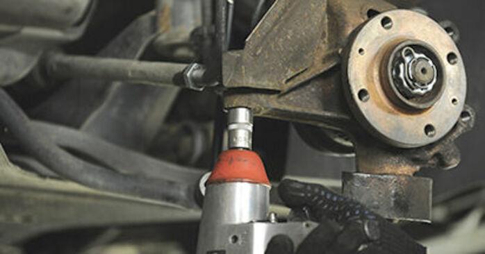 Combien de temps dure le remplacement : Roulement De Roues sur Peugeot 406 Break 2004 - manuel PDF informatif
