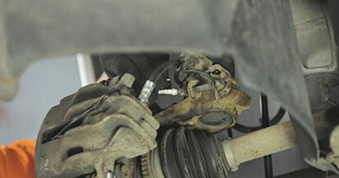 Peugeot 406 Break 2.0 16V 1998 Roulement De Roues remplacement : manuels d'atelier gratuits