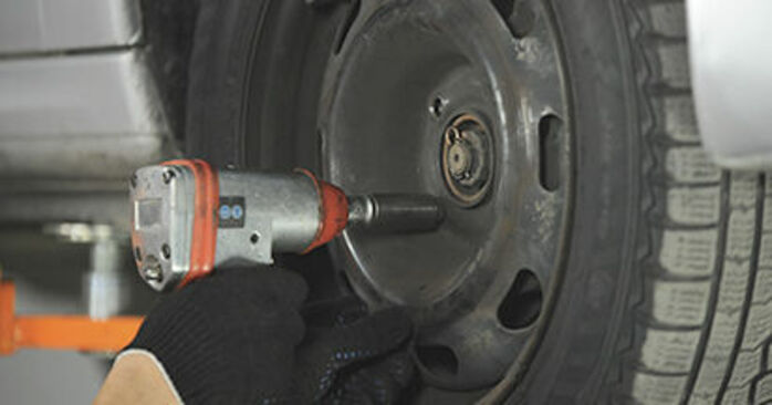 How to remove PEUGEOT 406 2.2 2000 Wheel Bearing - online easy-to-follow instructions