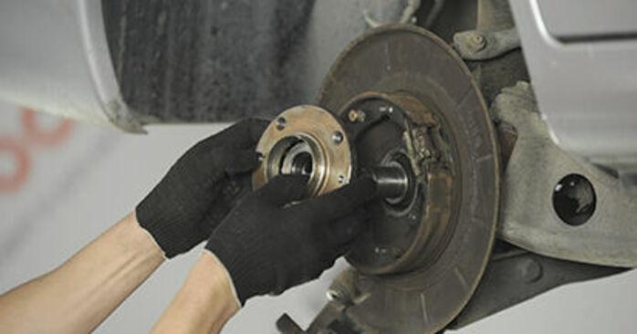 406 Break (8E/F) 2.2 1998 Wheel Bearing DIY replacement workshop manual