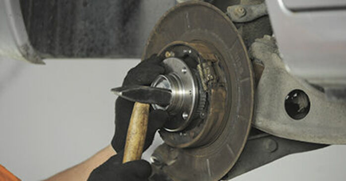 DIY replacement of Wheel Bearing on PEUGEOT 406 Break (8E/F) 1.8 16V 2001 is not an issue anymore with our step-by-step tutorial