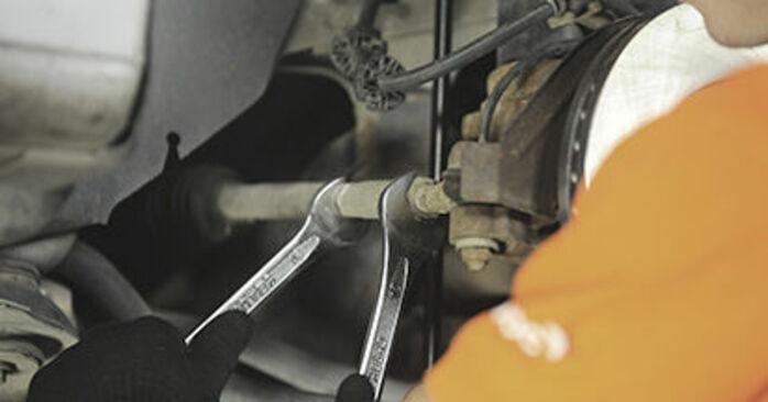 Peugeot 406 Estate 2.0 16V 1998 Track Rod End replacement: free workshop manuals
