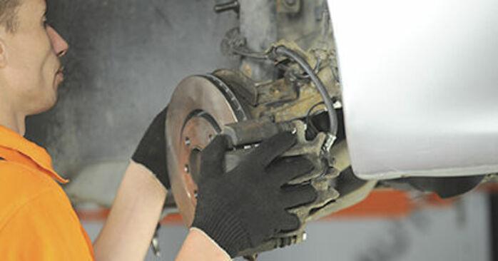 Cómo cambiar Copelas Del Amortiguador en un PEUGEOT 406 Break (8E/F) 1999 - consejos y trucos