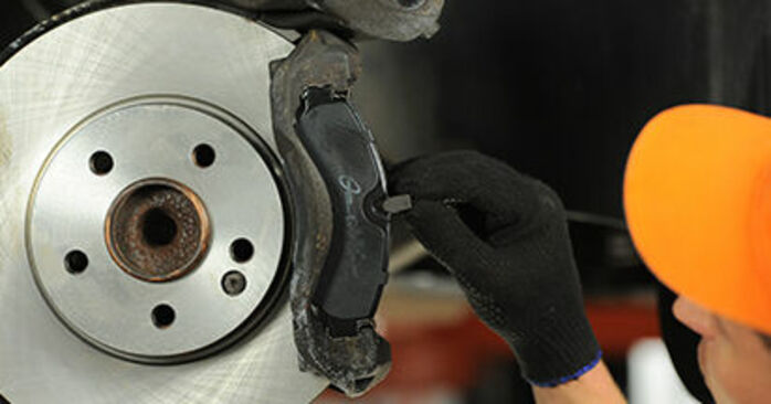 DIY replacement of Brake Pads on MERCEDES-BENZ VIANO (W639) CDI 2.2 (639.811, 639.813, 639.815) 2017 is not an issue anymore with our step-by-step tutorial