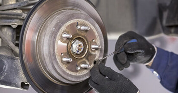 Need to know how to renew Brake Discs on HONDA CR-V ? This free workshop manual will help you to do it yourself