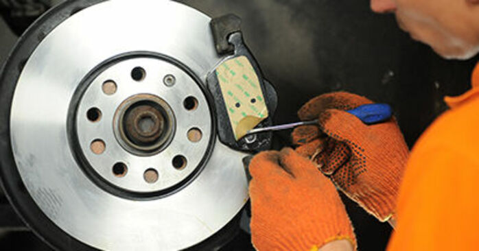 DIY replacement of Brake Pads on AUDI A4 Avant (8ED, B7) 1.9 TDI 2008 is not an issue anymore with our step-by-step tutorial