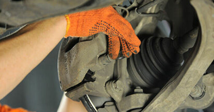 Changing Brake Pads on AUDI A4 Avant (8ED, B7) 2.0 TDI quattro 2007 by yourself