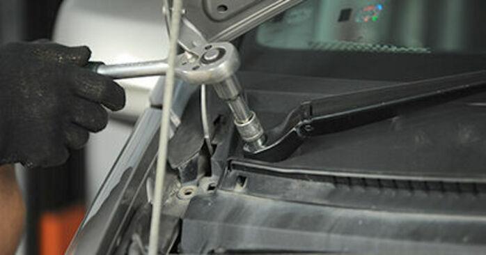 Domlager Ihres Mercedes Viano W639 CDI 2.2 (639.711, 639.713, 639.811, 639.813, 639.815) 2011 selbst Wechsel - Gratis Tutorial