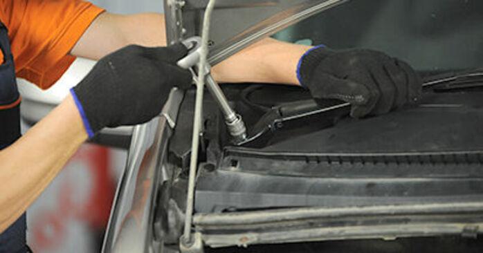 Domlager beim MERCEDES-BENZ VIANO 3.2 (639.713, 639.813, 639.815) 2010 selber erneuern - DIY-Manual