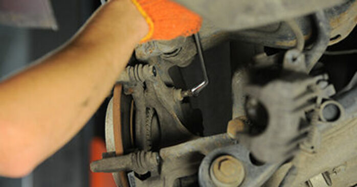 How to replace Brake Discs on AUDI A4 Avant (8ED, B7) 2004: download PDF manuals and video instructions