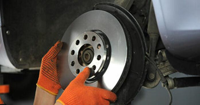 Så byter du Hjullager på AUDI A4 Avant (8ED, B7) 2006 – tips och tricks