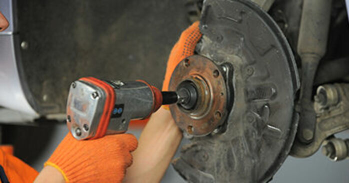 How hard is it to do yourself: Wheel Bearing replacement on Audi A4 b7 1.8 T 2005 - download illustrated guide