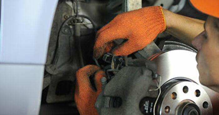 Hur byta Hjullager på Audi A4 b7 2004 – gratis PDF- och videomanualer
