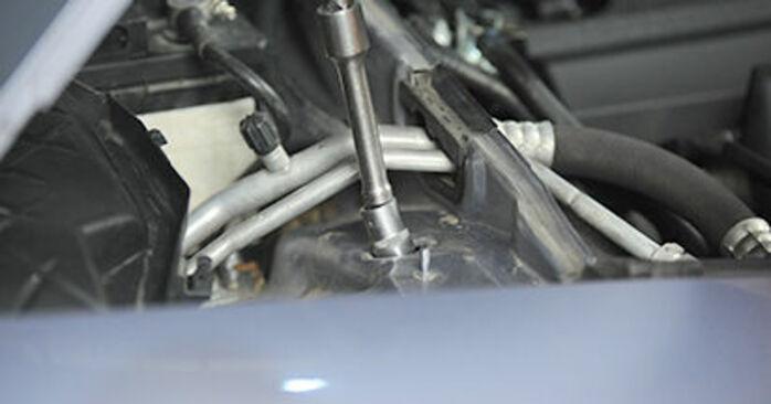 AUDI A4 2006 Coupelle d'Amortisseur manuel de remplacement étape par étape