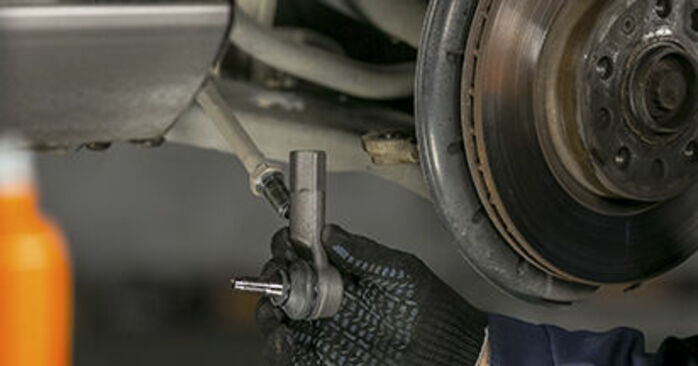 Changing of Track Rod End on Octavia 1z5 2012 won't be an issue if you follow this illustrated step-by-step guide