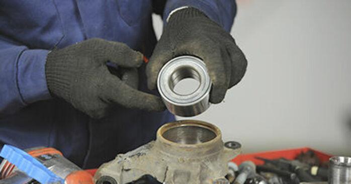 Wie kompliziert ist es, selbst zu reparieren: Radlager am Dodge Caliber SRT4 2.4 SRT4 AWD 2012 ersetzen – Laden Sie sich illustrierte Wegleitungen herunter