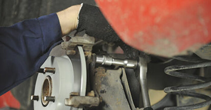 Wie Bremsscheiben Mazda 3 bk 1.6 2003 tauschen - Kostenlose PDF- und Videoanleitungen