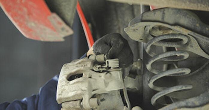 Bremsscheiben Ihres Mazda 3 bk 2.3 MPS 2004 selbst Wechsel - Gratis Tutorial