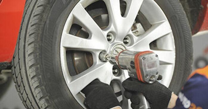 Comment changer Disques De Frein sur Mazda 3 bk 2003 - Manuels PDF et vidéo gratuits