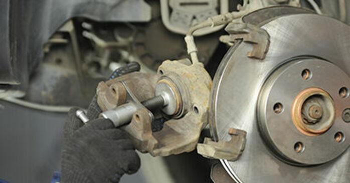 Transporter V Camión de plataforma / Chasis (7JD, 7JE, 7JL, 7JY, 7JZ, 7FD) 2.0 TDI 4motion 2014 Pastillas De Freno manual de taller de sustitución por su cuenta