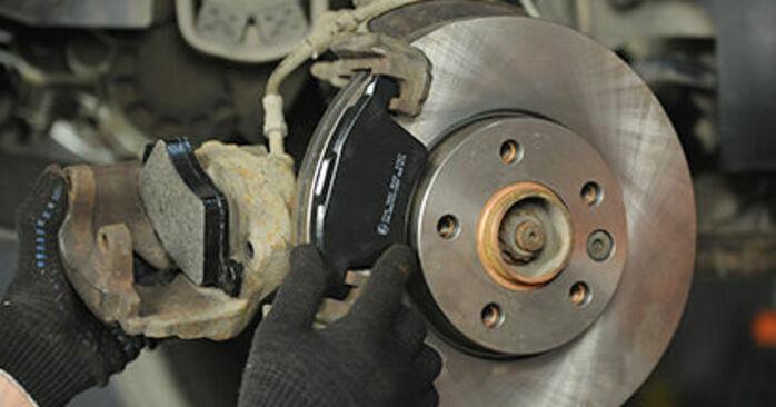 Recomendaciones paso a paso para la sustitución por su cuenta VW T5 Camión de plataforma 2003 2.0 TDI 4motion Pastillas De Freno