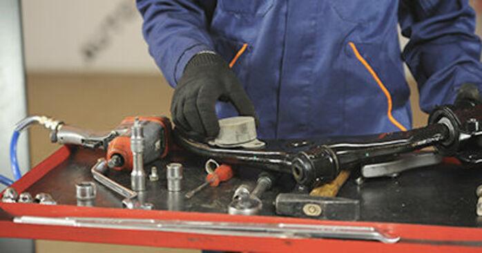 Kuinka vaihtaa Alatukivarsi MAZDA 3 (BK) 2008 -autoon - vinkkejä