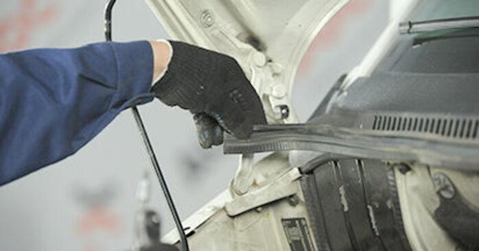 Comment remplacer VW Transporter V Сamion à Plateau / Сhâssis (7JD, 7JE, 7JL, 7JY, 7JZ, 7FD) 2.5 TDI 2004 Coupelle d'Amortisseur - manuels pas à pas et guides vidéo