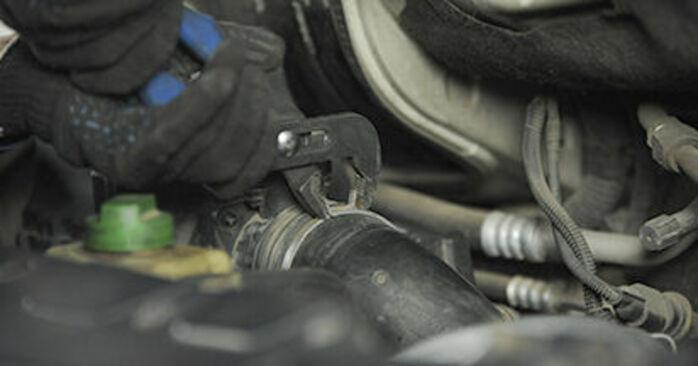 Comment retirer VW TRANSPORTER 2.0 TDI 4motion 2007 Coupelle d'Amortisseur - instructions en ligne faciles à suivre