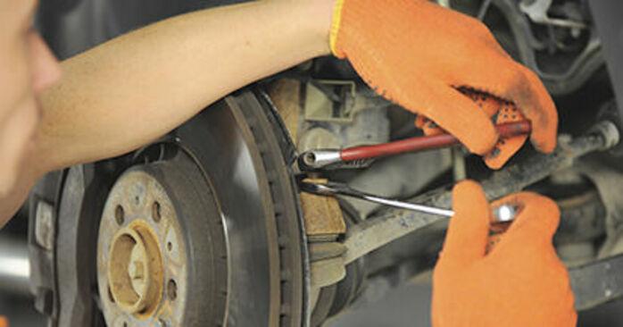 Spurstangenkopf Volvo XC90 1 2.9 T6 2004 wechseln: Kostenlose Reparaturhandbücher