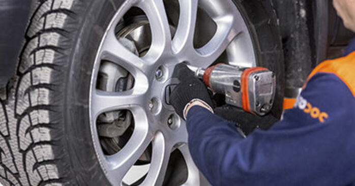 How to change Brake Discs on Honda CR-V III 2006 - free PDF and video manuals