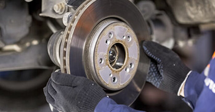 How hard is it to do yourself: Brake Discs replacement on Honda CR-V III 2.4 i-Vtec 4WD 2012 - download illustrated guide